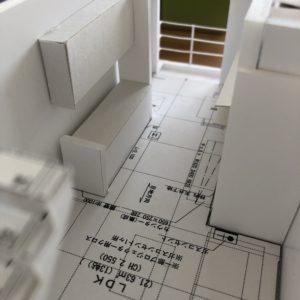 狭小住宅模型2階リビング